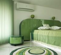Obla zelena spalnia